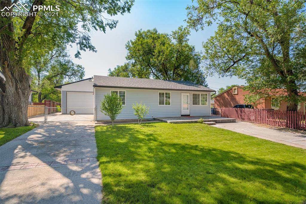 2113 Frontier Drive - Photo 1