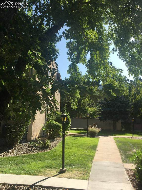3123 Broadmoor Valley Road C, Colorado Springs, CO 80906 (#1729491) :: The Treasure Davis Team | eXp Realty