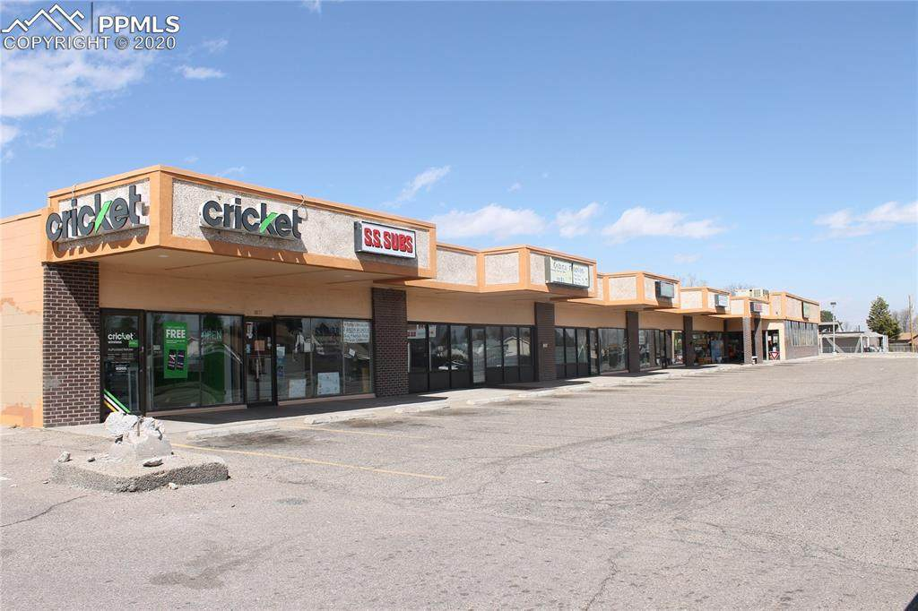 1019 Pueblo Boulevard - Photo 1