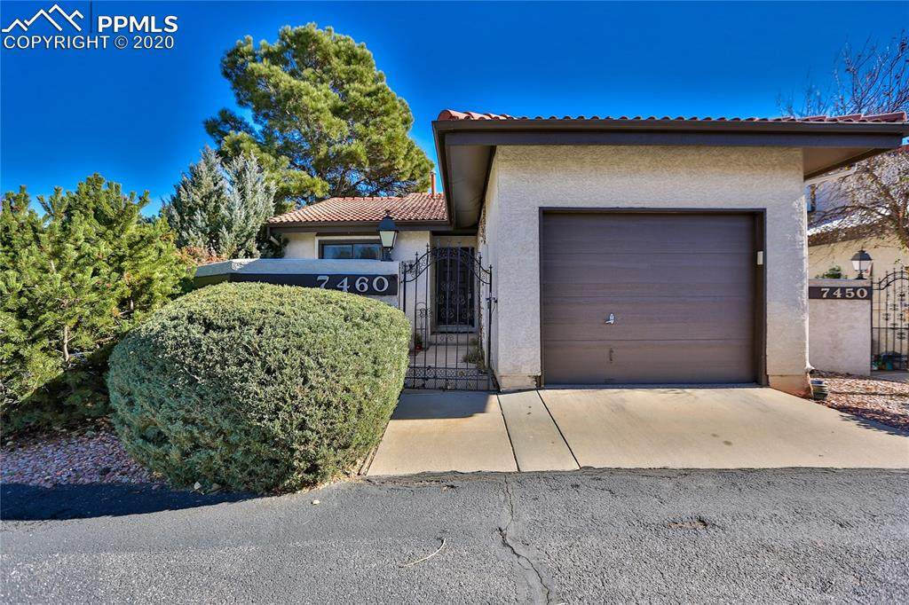7460 Lomas Court - Photo 1
