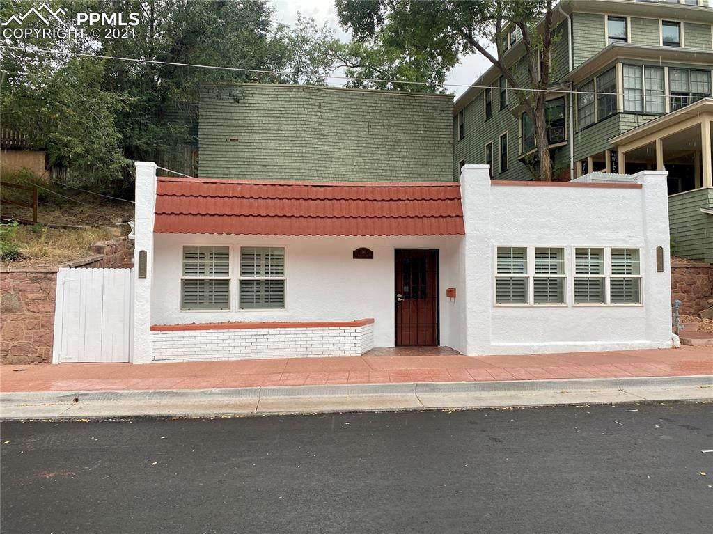 1141 Manitou Avenue - Photo 1