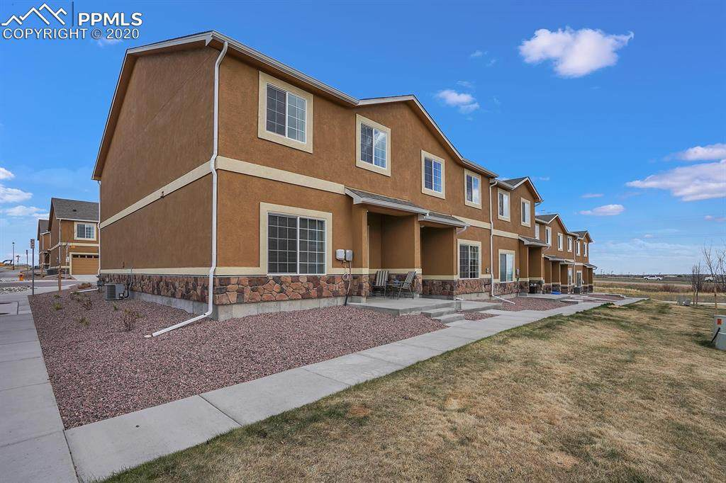 7564 Silver Larch Point - Photo 1