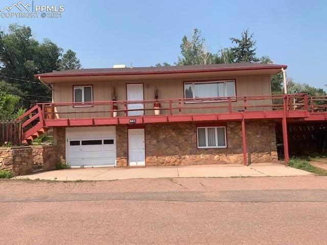208 Oak Place - Photo 1