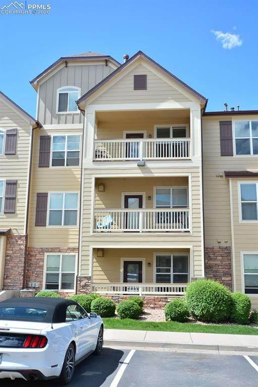 5353 Palomino Ranch Point #302, Colorado Springs, CO 80922 (#3386134) :: Finch & Gable Real Estate Co.