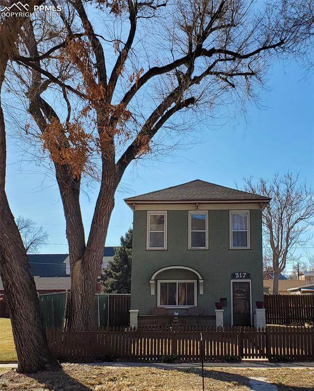 317 E Abriendo Avenue, Pueblo, CO 81004 (#3414543) :: Action Team Realty