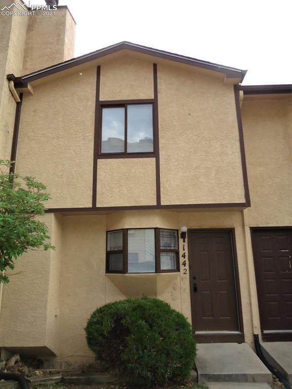 1442 Territory Trail, Colorado Springs, CO 80919 (#3525428) :: Tommy Daly Home Team