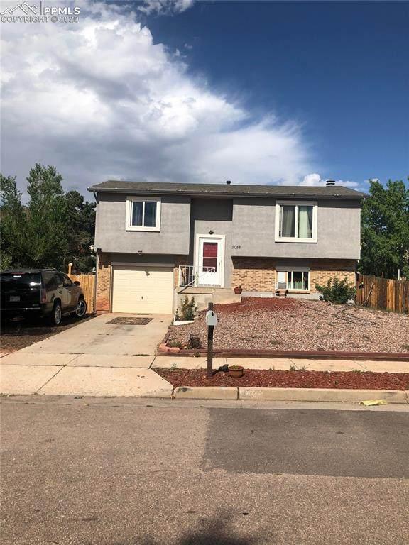5088 Cita Drive, Colorado Springs, CO 80916 (#3583244) :: Finch & Gable Real Estate Co.