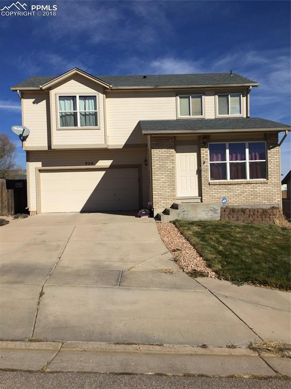 920 Lords Hill Drive, Fountain, CO 80817 (#3779374) :: The Treasure Davis Team