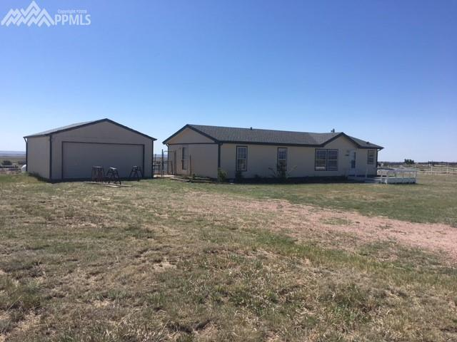 17060 Wagon Train Loop, Peyton, CO 80831 (#3797618) :: Jason Daniels & Associates at RE/MAX Millennium
