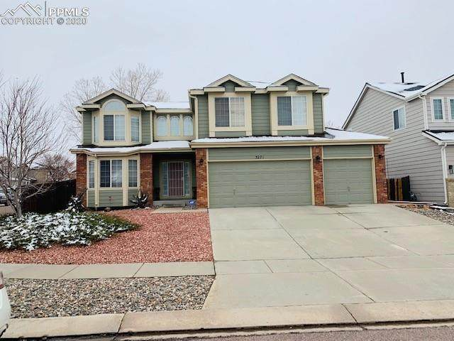 3271 Tail Spin Drive, Colorado Springs, CO 80916 (#4034038) :: The Kibler Group