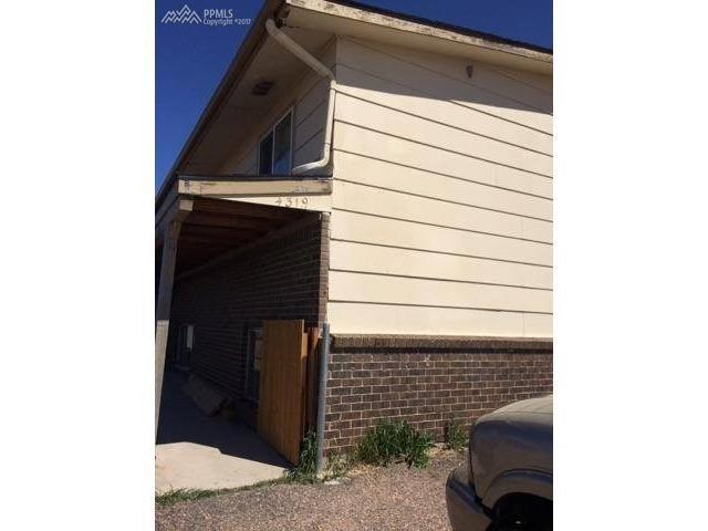 4319 Lashelle Avenue #4, Colorado Springs, CO 80906 (#4040597) :: The Dunfee Group - Keller Williams Partners Realty