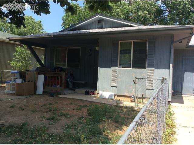 2866 Carmel Circle, Colorado Springs, CO 80910 (#4212818) :: 8z Real Estate
