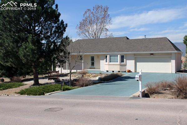18330 White Fawn Drive, Monument, CO 80132 (#4495072) :: Fisk Team, RE/MAX Properties, Inc.