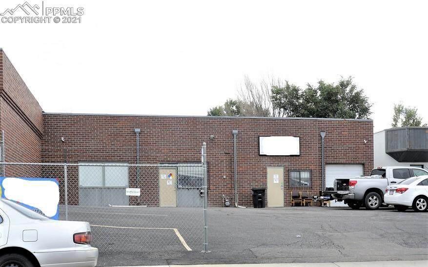 325 Delaware Drive - Photo 1