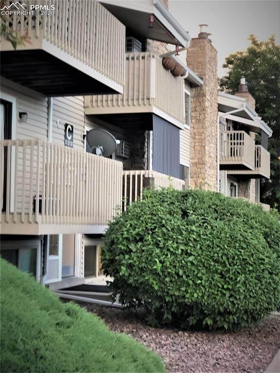 381 S Ames Street C102, Lakewood, CO 80226 (#4703788) :: Finch & Gable Real Estate Co.