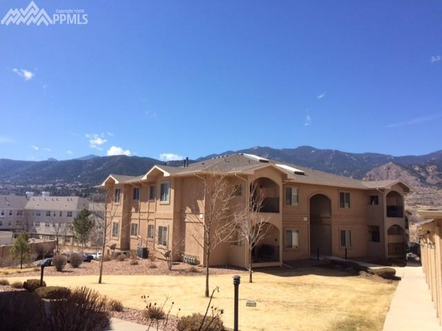 1550 Little Bear Creek Point #201, Colorado Springs, CO 80904 (#4748370) :: The Peak Properties Group
