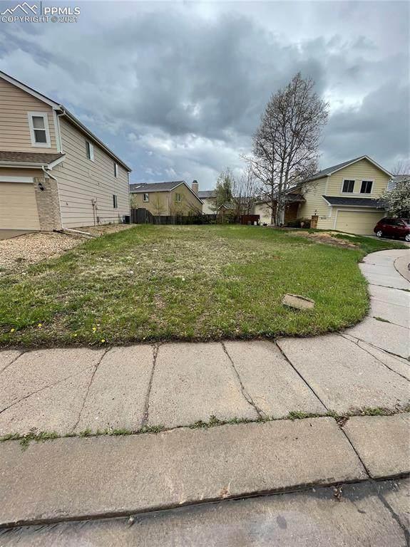 6055 Emma Lane, Colorado Springs, CO 80922 (#4751841) :: Fisk Team, RE/MAX Properties, Inc.