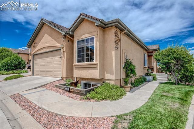 5703 Sonnet Heights, Colorado Springs, CO 80918 (#4942344) :: The Peak Properties Group