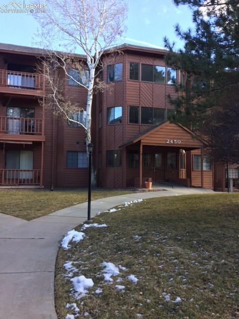 2450 Palmer Park Boulevard #305, Colorado Springs, CO 80909 (#5179741) :: Jason Daniels & Associates at RE/MAX Millennium
