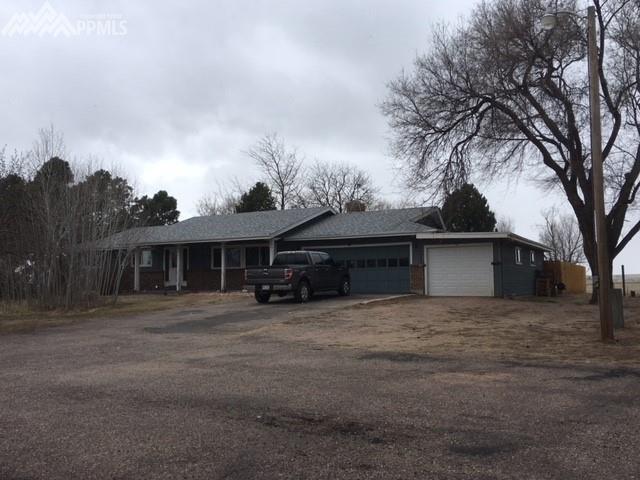 930 Hawk Drive, Colorado Springs, CO 80930 (#5267860) :: Jason Daniels & Associates at RE/MAX Millennium