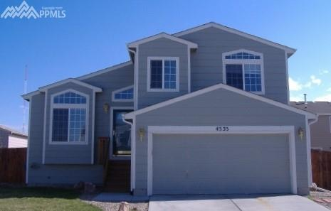 4535 Clinebell Lane, Colorado Springs, CO 80916 (#5313141) :: The Dunfee Group - Keller Williams Partners Realty