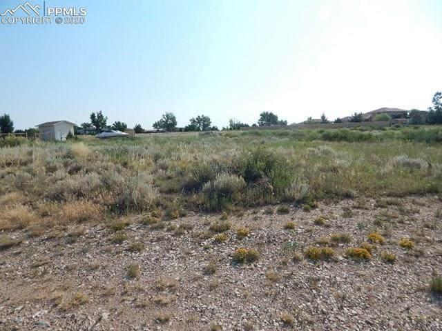 1046 S Oak Valley Lane, Pueblo West, CO 81007 (#5461172) :: Colorado Home Finder Realty
