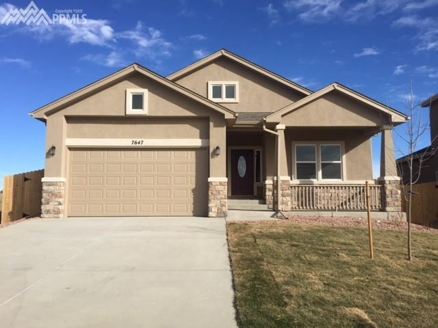 7647 Bigtooth Maple Drive, Colorado Springs, CO 80925 (#5612298) :: The Dunfee Group - Keller Williams Partners Realty