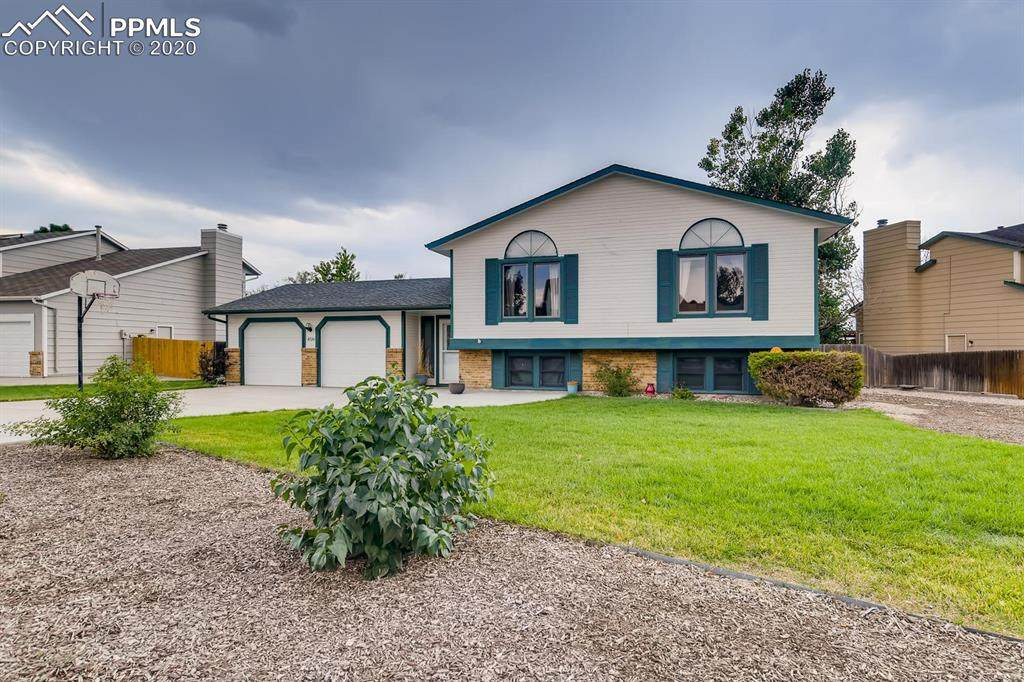 8520 Westminster Drive - Photo 1
