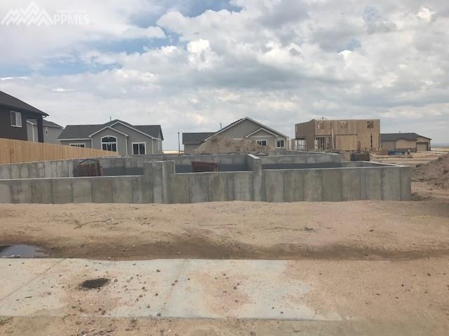 7684 Peachleaf Drive, Colorado Springs, CO 80925 (#5754284) :: 8z Real Estate