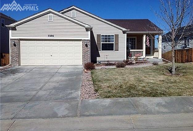 7286 Village Meadows Drive, Fountain, CO 80817 (#6109376) :: RE/MAX Advantage