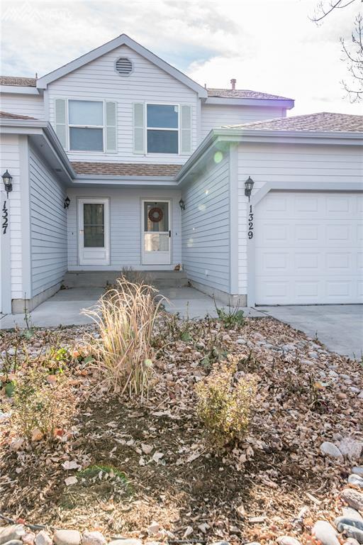 1329 Firefly Circle, Colorado Springs, CO 80916 (#6126110) :: 8z Real Estate