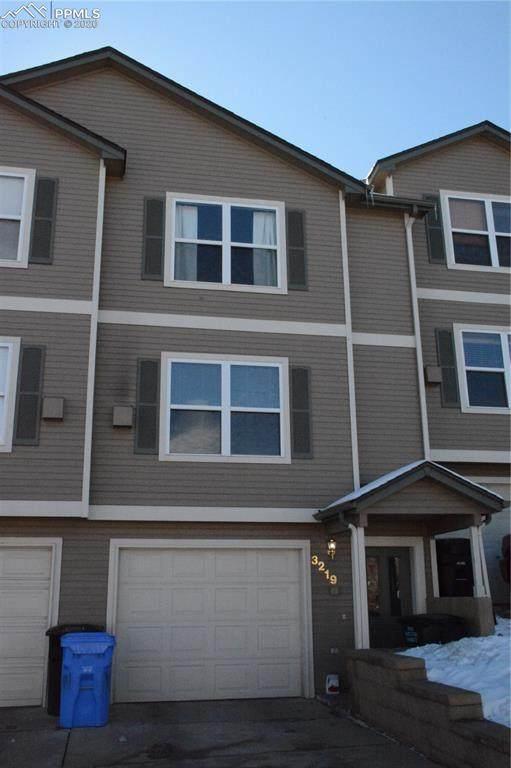3219 Hearthridge Circle, Colorado Springs, CO 80918 (#6419659) :: Jason Daniels & Associates at RE/MAX Millennium