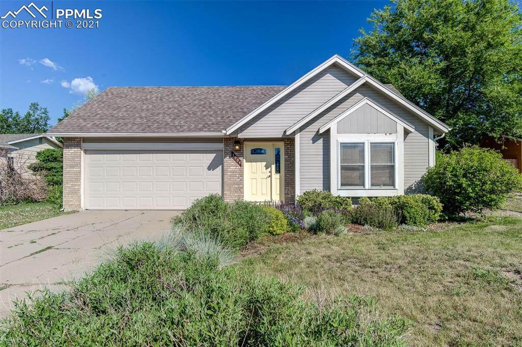 3904 Red Cedar Drive - Photo 1