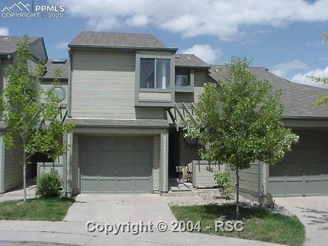 936 Azure Circle, Colorado Springs, CO 80910 (#6641004) :: Action Team Realty