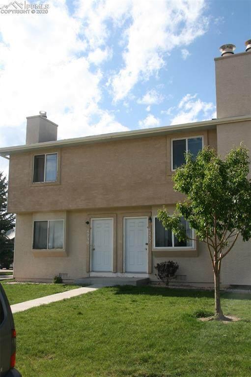 4232 Moonbeam Drive, Colorado Springs, CO 80916 (#7092672) :: The Kibler Group