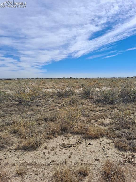 1056 N Blackwell Drive, Pueblo West, CO 81007 (#7211511) :: The Scott Futa Home Team