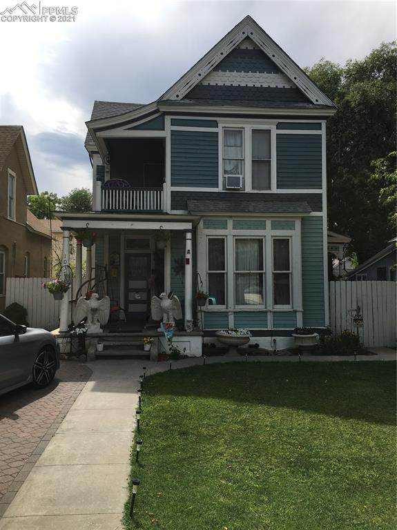 1037 Berkley Avenue - Photo 1