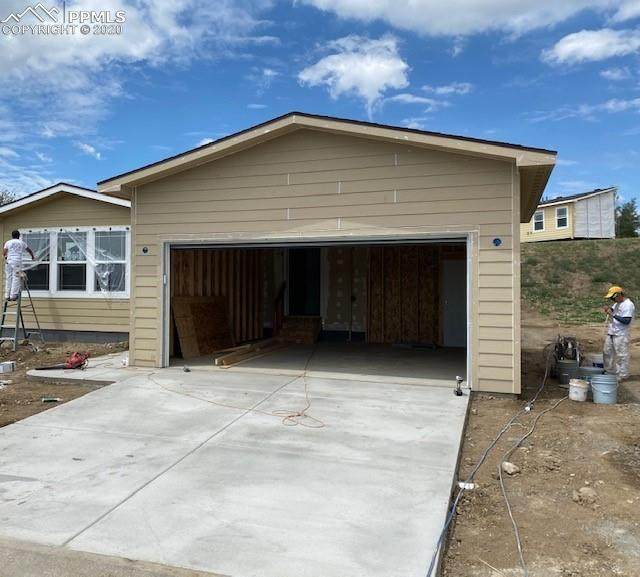 4467 Kingfisher Point, Colorado Springs, CO 80922 (#7790455) :: HomeSmart Realty Group