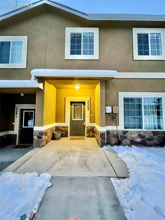 7553 Silver Larch Point, Colorado Springs, CO 80908 (#7827402) :: The Harling Team @ HomeSmart
