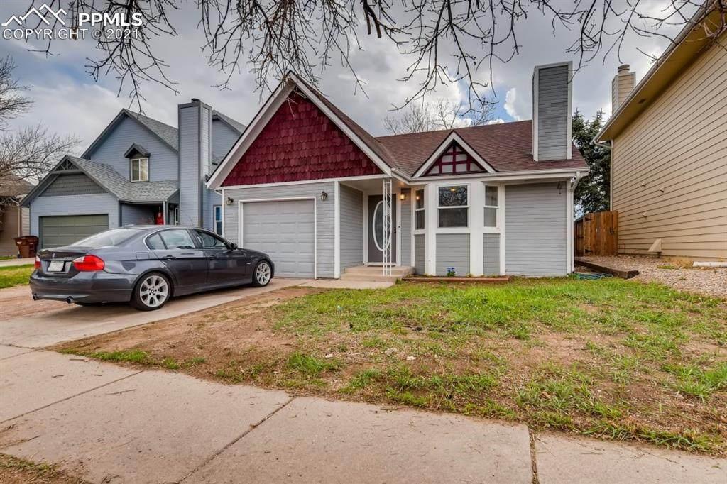 4555 Sunnyhill Drive - Photo 1