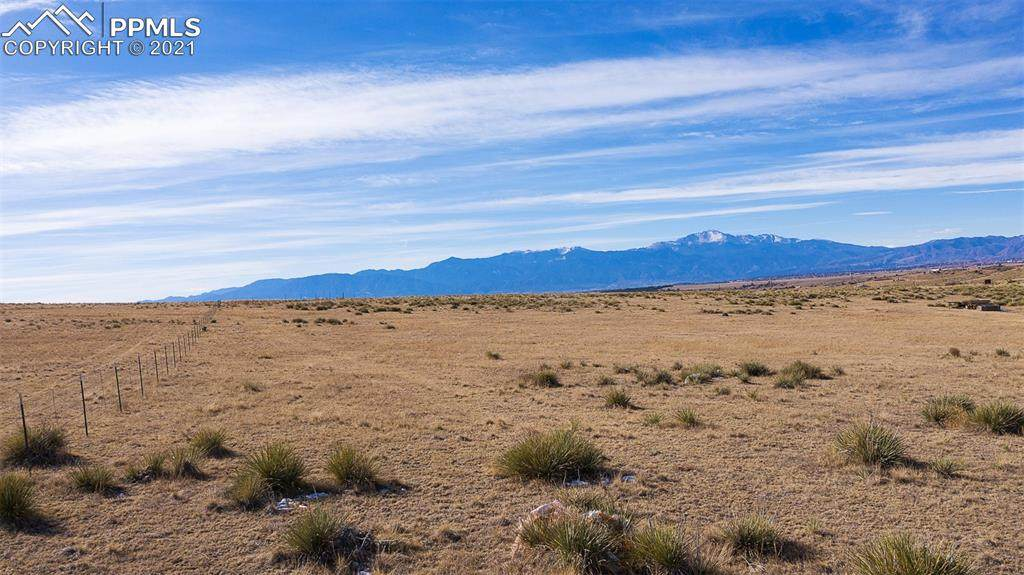 3040 Hoofprint Road - Photo 1