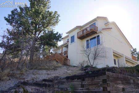 1082 Garlock Lane, Colorado Springs, CO 80918 (#8472749) :: The Kibler Group