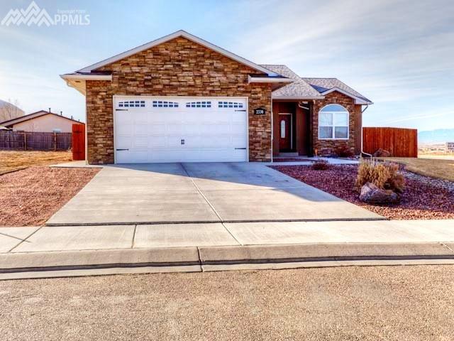 2330 Meadowlark Lane, Pueblo, CO 81008 (#8473689) :: Colorado Home Finder Realty