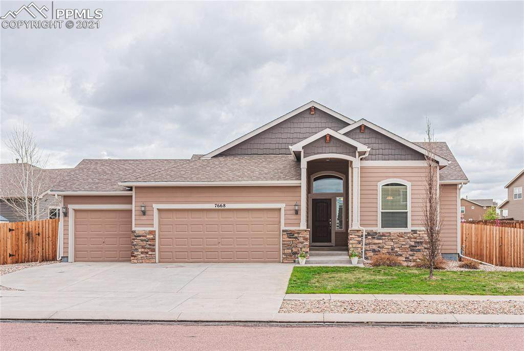 7668 Forest Valley Loop - Photo 1