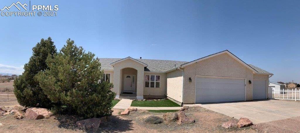 1143 Sweetwater Court - Photo 1