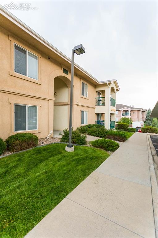 3021 Mandalay Grove #5, Colorado Springs, CO 80917 (#9083912) :: 8z Real Estate
