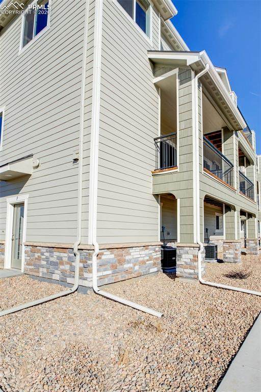 11250 Florence Street 25F, Commerce City, CO 80640 (#9091011) :: Tommy Daly Home Team