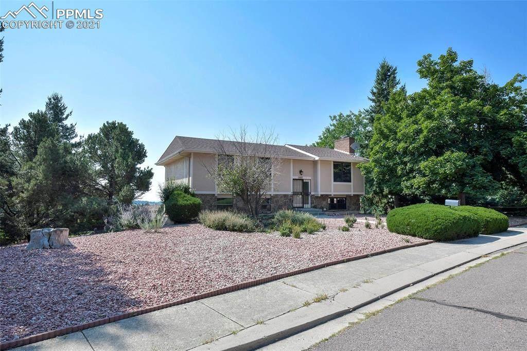 5425 Zapato Drive - Photo 1