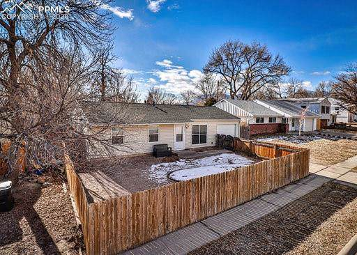 3003 Hayman Terrace, Colorado Springs, CO 80910 (#9928974) :: Tommy Daly Home Team