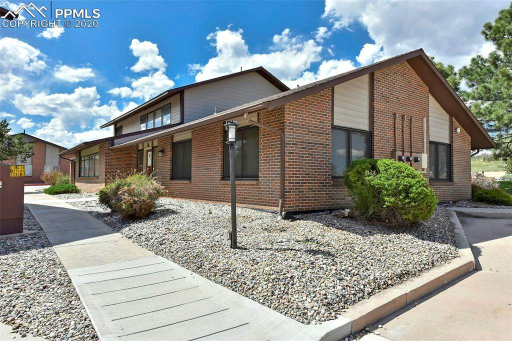 1855 Austin Bluffs Parkway - Photo 1